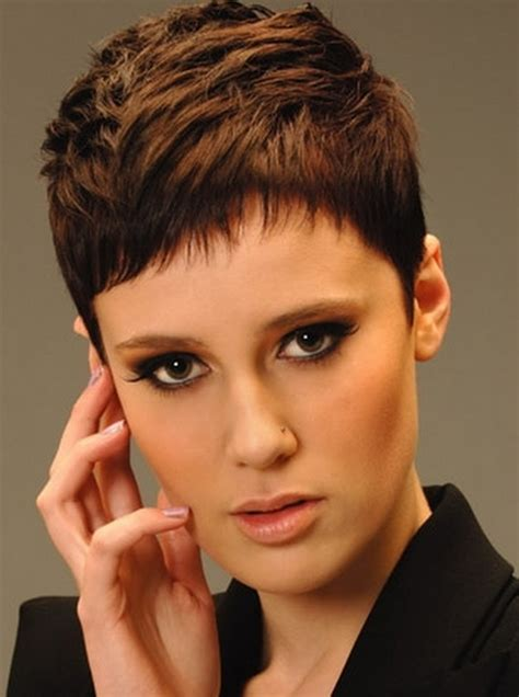 Rounded Graduation Hairstyle by Graduation Hairstyles 2012 Stylish