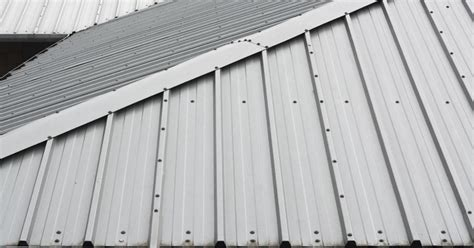 Minimum Shed Roof Pitch by What Is The Minimum Roof Pitch For Metal Roofing Ehow Uk