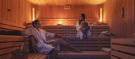 Sauna Vs Steam Room Benefits by The Benefits Of The Sauna Stenal