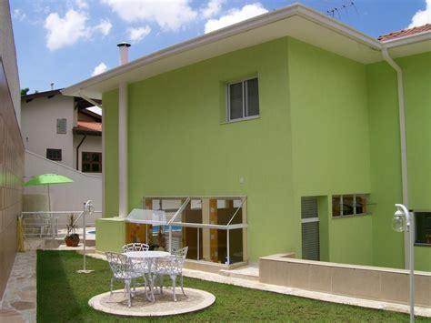 verde casa foto pintura de casa verde e branco classico de pinturas