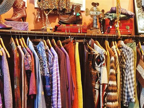 the guide to vintage shopping in los angeles discover
