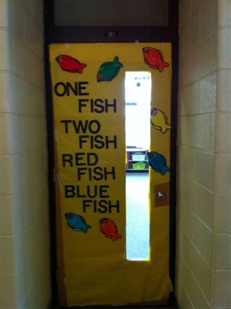 1000 images about dr seuss on pinterest dr seuss dr seuss snacks dr seuss school door decorations classroom door