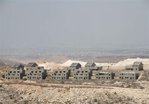 israel housing settler housing finishes up by 54 8 from last year arab israeli conflict