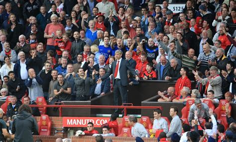 best home from blackburn liverpool fans singing utd ask own fans to stop wenger paedophile chant