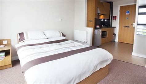 of bristol student room cheap b b self catering in bristol rooms