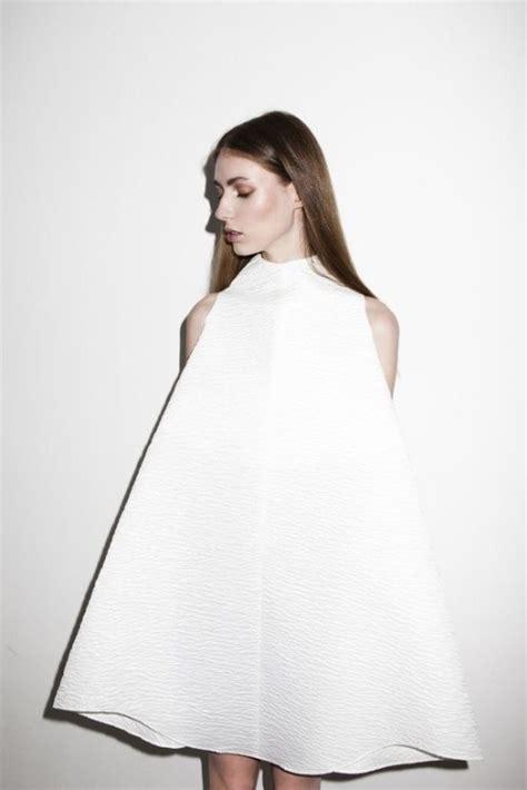 minimalist fashion on