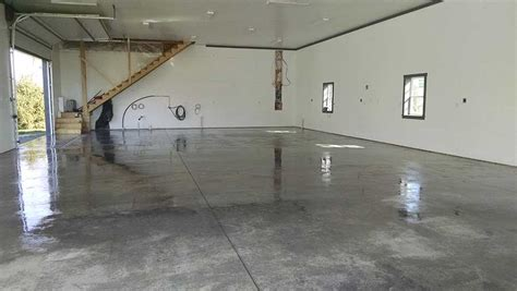 Garage Floor Sealers   Before and After