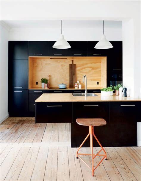 cuisine type industrielle j ose le noir dans ma cuisine type industriel le