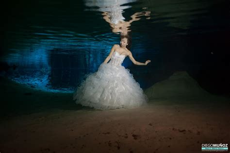 incredible underwater trash the dress photos bridalguide 1000 images about water on pinterest underwater