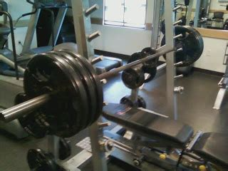 benching 4 plates fitness from ground zero percentage of people who can