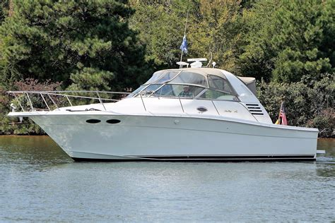 sea ray boats inc vonore tn 1997 sea ray 330 express cruiser power boat for sale www
