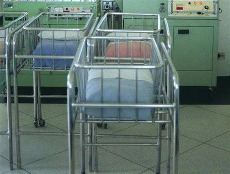 alimentazione dopo parto cesareo rischi maggiori parto naturale dopo cesareo medicina