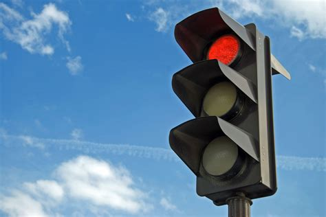 Traffic With Traffic Lights by Getting Stopped By Lights It S Even Worse Than You Thought Www Askbobcarr