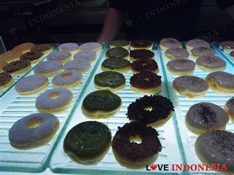 Jco Donuts Coffee Indonesia j co donuts coffee ciputra mall indonesia
