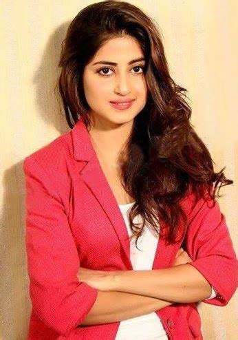 download pakistani and indian drama title songs: sajal ali