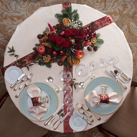 centro tavolo natalizio sei idee last minute per un elegante centro tavola