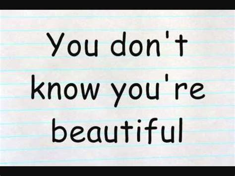your beautiful testo one direction what makes you beautiful lyrics
