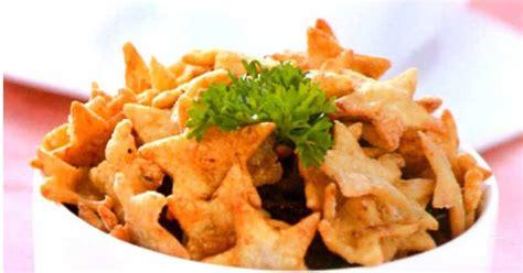 Minyak Goreng Tip Top keripik bawang ebi