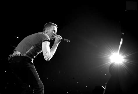 coldplay announce new music in 2017 one news page video watch coldplay dedicates song to houston khou com