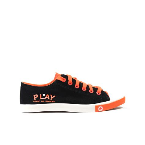 play shoes arkbird play black shoes orange laces maqaami