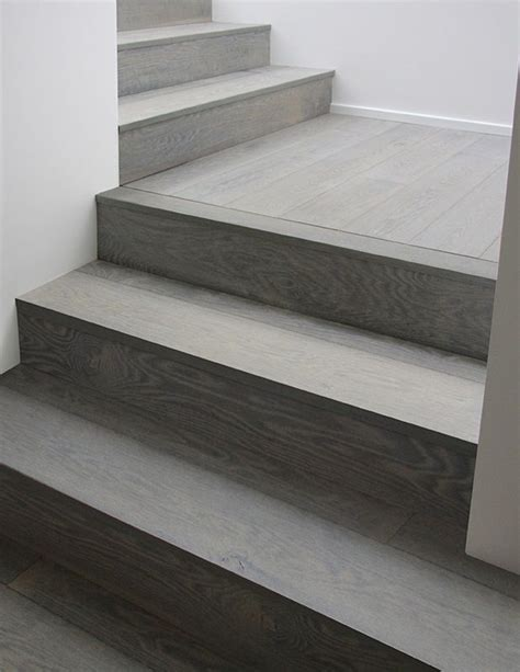 fliese treppenstufe gray wood stairs that turn a corner stain color