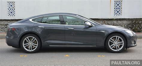 Tesla 85s Driven Tesla Model S 85 Exclusive Drive Report