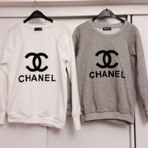 sweater chanel chanel white chanelsweater grey