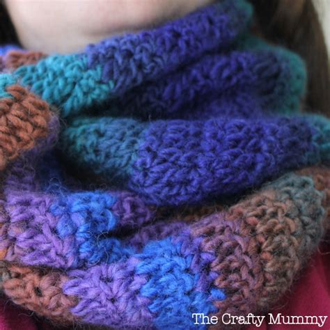 how to finish a infinity scarf crochet infinity scarf the crafty mummy