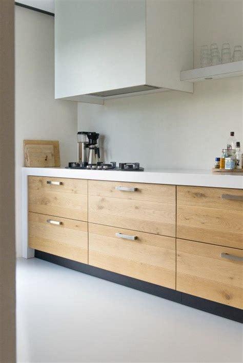 houten keuken met wit blad keuken met wit aanrechtblad google zoeken new kitchen