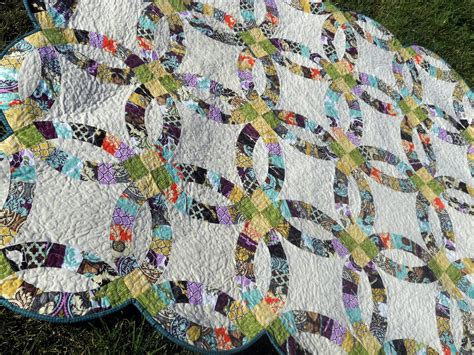 free pattern wedding ring quilt sewcraftyjess completed quilt double wedding ring