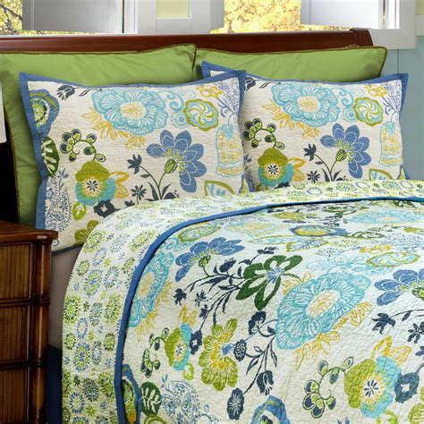 summer bedding bedroom summer bedding pattern quilts with green