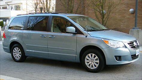 2009 Volkswagen Routan by 2009 Volkswagen Routan Photos Informations Articles