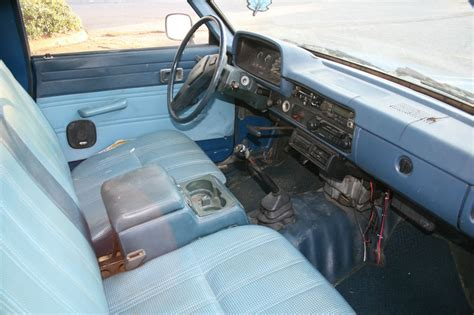 1982 Toyota Interior by 1982 Toyota Interior Pictures To Pin On