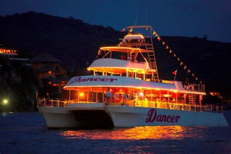 ventura party boat fishing cancun all tours atardecer de fiesta y m 218 sica
