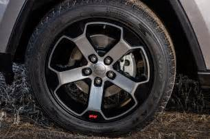 2000 jeep grand black rims 2017 jeep grand trailhawk wheels motor trend
