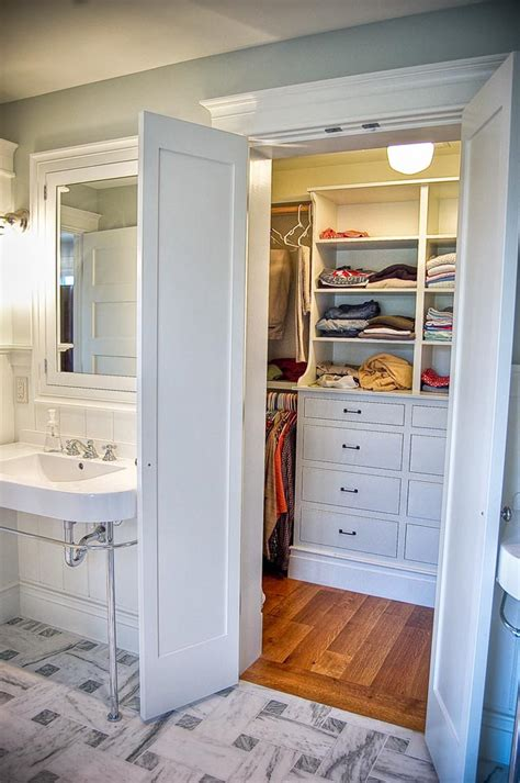 Small Bathroom Closet Ideas Small Master Bathroom Layout Ideas Reanimators
