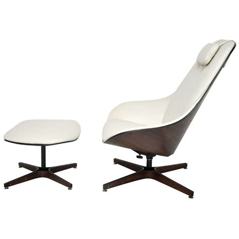 Plycraft Lounge Chair by Plycraft Lounge Chair George Mulhauser At 1stdibs