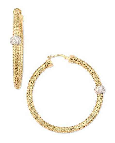 Allen Dons Gold Ribbed Hoop Earrings A La Hilary Duff by Roberto Coin 18k Yellow Gold Mini Primavera Hoop Earrings