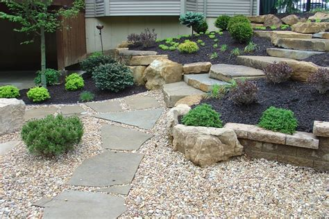 Decorative Gravel Garden Ideas by