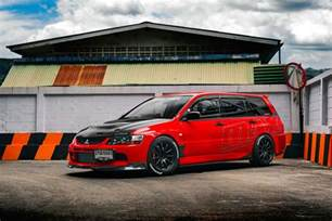 Mitsubishi Evo Station Wagon Mitsubishi Lancer Evolution Ix Wagon The Compromise