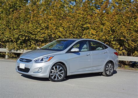 top of the line hyundai sedan leasebusters canada s 1 lease takeover pioneers 2015