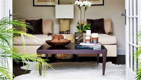 7 accessorizing tips for decorating coffee table styling ideas youtube