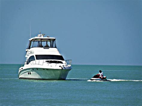 glass bottom boat tours naples florida 14 best favourite boating moments images on pinterest 10