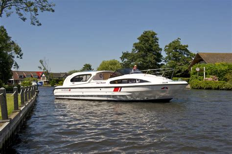 boat covers norfolk broads broads boat holidays fair prince norfolk broads direct