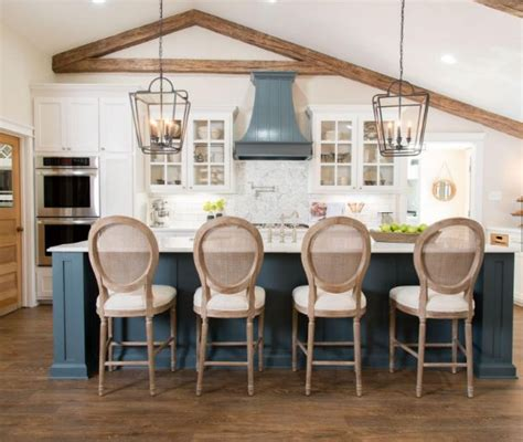fixer upper streaming how to watch fixer upper online remodelaholic get this look the fixer upper cargo ship