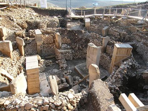 site archaeology books the secret of gobekli tepe cosmic equinox and sacred