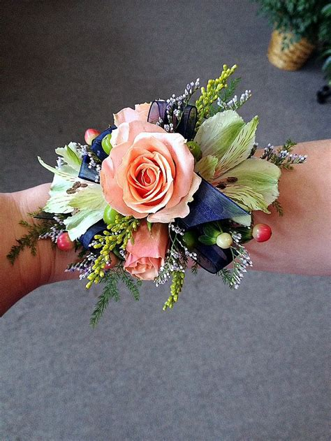Hochzeit Corsage by 17 Best Images About Flowers Corsages Boutonnieres On