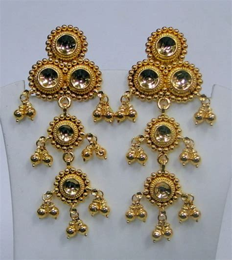 Handmade Gold Jewellery - traditional design 22k gold earrings rajasthan india