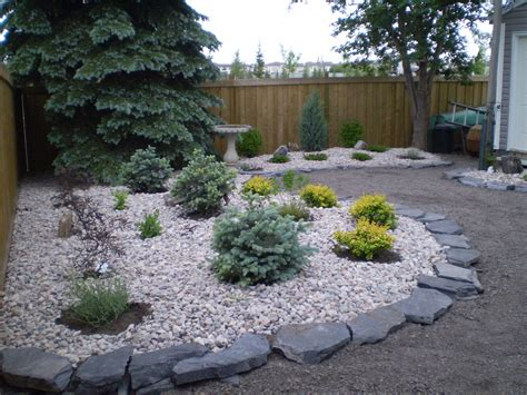 Backyard Ideas Center Landscaping Low Maintenance Backyard Landscaping Ideas