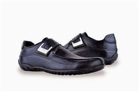 Sepatu Kerja Heels Wanita Dm02 Keren toko sepatu cibaduyut grosir sepatu murah sepatu